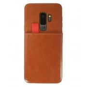 Viser Galaxy S9 plus case med 2 kort lommer brun